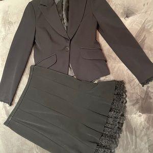 Womans 2 piece suit